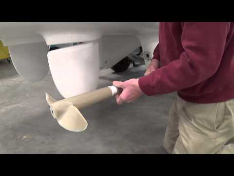 Removal of Drive Shaft with Propeller (Part 3 of 3)