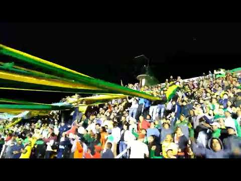 """LA HINCHADA MÁS PATRIOTA🇦🇷 DYJ 3 VS 2 RACING/"" Barra: La Banda de Varela • Club: Defensa y Justicia"