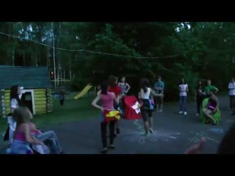 В нашем лагере проходят мастер-классы по танцам. Позитивного просмотра одного из номеров наших детей! Детск...