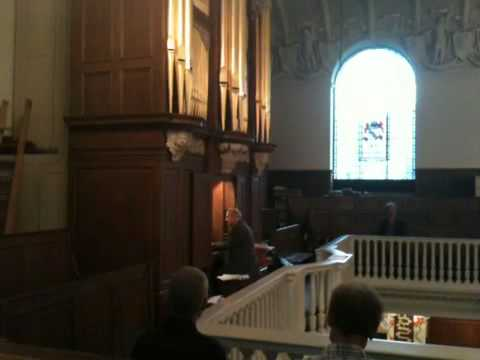 Robert Woolley on the organ of St Botolph without Aldgate
