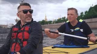 Karaseks Kosmos // In St. Petersburg mit Sergey Shnurov von Leningrad