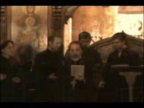 Preoţi ORTODOCSI: ARABI, SPANIOLI si GRECI cantand in biserica