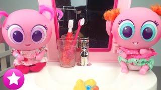Mis Ksimeritos aprenden a lavarse los dientes con el lavabo interactivo Juguetes Distroller