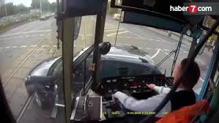 Dikkatsiz sürücüler ve yayalar vatmanlara zor anlar yaşattı