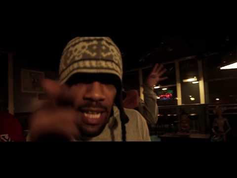 Lookn' Fly Too (Feat. Method Man & Ready Roc)