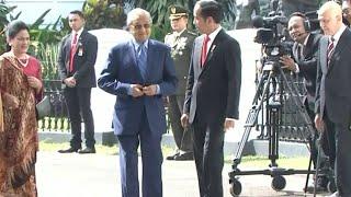 Akrabnya Perjumpaan Jokowi dan PM Malaysia Mahathir