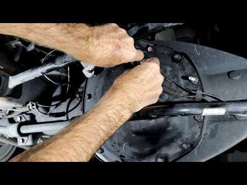 2011 Ram 2500 - Changing Front Differential Fluid - смотреть
