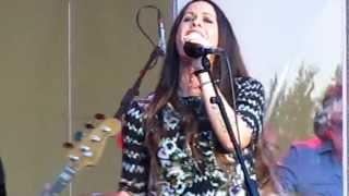 Alanis Morissette - You Learn. 10.07.2012 in Berlin, Germany.