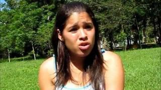 preview picture of video 'Estudiante paraguaya habla de su Plan de Negocios - Maria Antonia Romero, Promocion 2011'