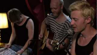 Ewert And The Two Dragons - Good Man Down (Live @ Lowlands 2012)