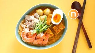 Laksa Lemak 😍 | Malaysian Curry Noodles with Coconut Milk | Nyonya Laksa [Nyonya Cooking]