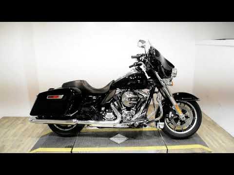 2015 Harley-Davidson Police Electra Glide® in Wauconda, Illinois - Video 1