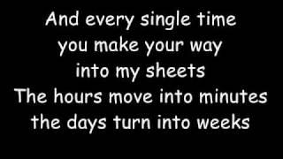 NeverShoutNever: CheaterCheaterBestFriendEater with lyrics