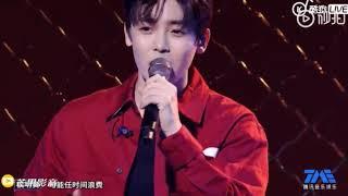 """Ca khúc """"Thời Thiếu Niên"""" - Hầu Minh Hạo live trong chương trình """" List âm nhạc vì bạn"""""""