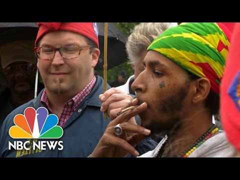 Supporters Of Legal Marijuana Arrested At 'Smoke-In' On Capitol Grounds | NBC News