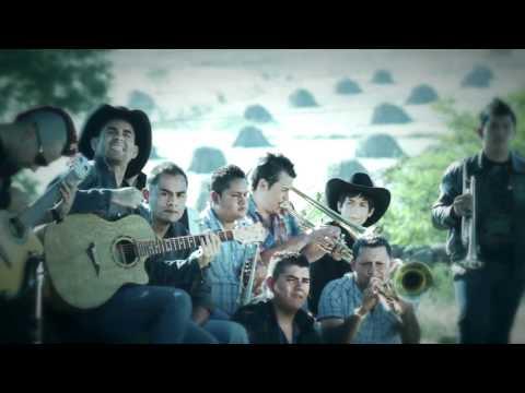 Yani Camarena- Mi Pensamiento Favorito Video Oficial