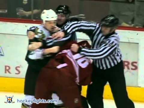 Steve Ott vs Jamie Lundmark