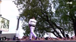 Calvin Harris - Blame - feat John Newman - Rådhusplassen 2015 - 1080p