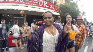 preview picture of video 'สงกรานต์ 2557 นครราชสีมา - Songkran 2014 Korat'