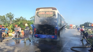 Tin Tức 24h: Quảng Ngãi khống chế kịp thời xe ô tô khách bị cháy