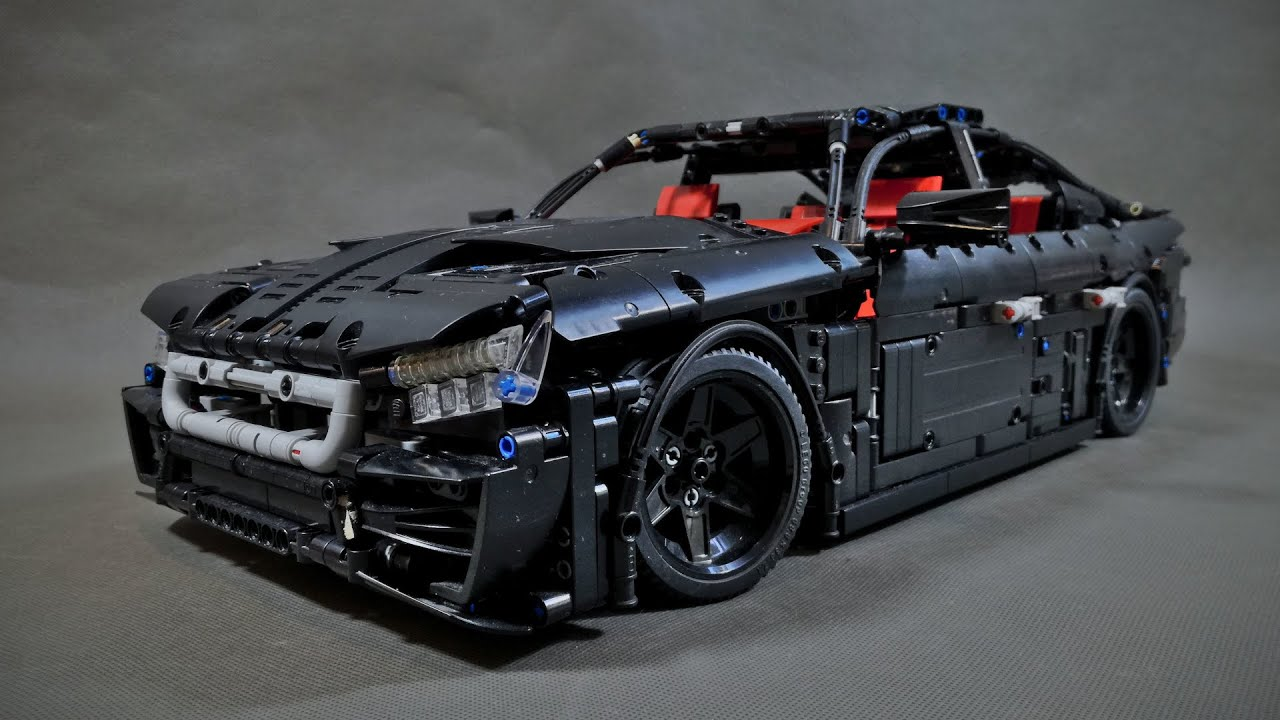 LEGO TECHNIC 4 Door Coupe Car