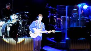 Chris Isaak - Cheater's Town (Live @ Nokia Theater June 21, 2010)