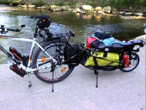 Preparazione viaggio in bici verso il Nord Europa . Bob Yak Trailer modificato