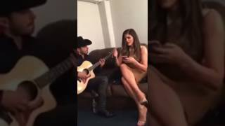 Ana Barbara - Te Hubieras Ido Antes ft. joss favela
