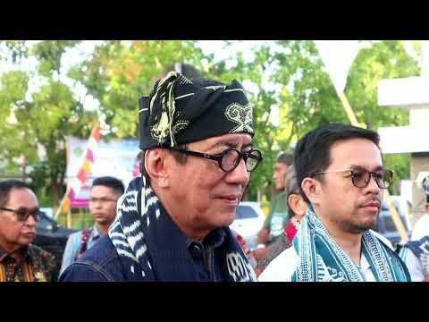 Mewakili Presiden Joko Widodo Membuka Sidang Raya PGI  XVII di Sumba Timur, Nusa Tenggara Timur.