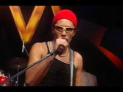Illya Kuryaki and The Valderramas video Jaguar House - CM Vivo 1999