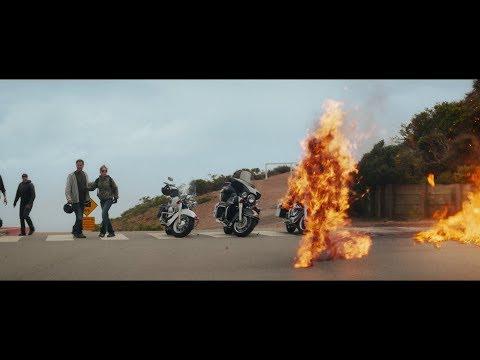 Terminator 5 : Kyle y Sarah Escapan de John Connor T-3000 1080p HD
