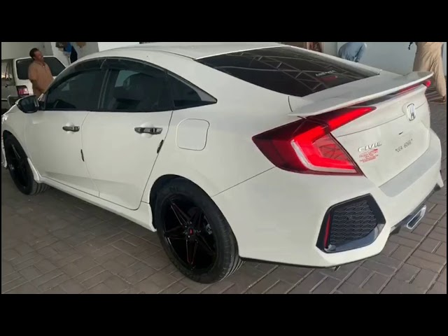 Honda Civic Turbo 1.5 VTEC CVT 2017 Video