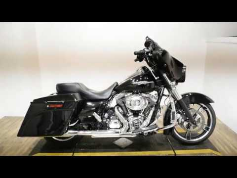 2012 Harley-Davidson Street Glide® in Wauconda, Illinois - Video 1