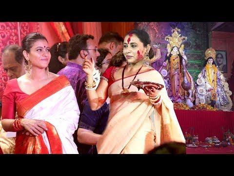 Bollywood Celebs Durga Puja 2018 - Kajol,Rani Mukherjee,Aamir Khan Wife,Sushmita Sen (видео)