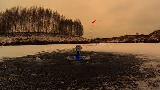 ловля на жерлицы | ловля на безмотылку | первый лед видео