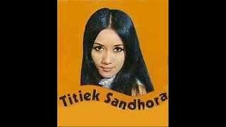 TITIEK SANDHORA -  UNTUK SAJANGKU [BOWO Collect.]