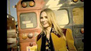 Aimee Mann / Til' Tuesday  - Everythings Different Now