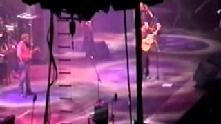 Dave Matthews Band - Rapunzel - 12-5-2000 - Allstate Arena - Chicago - [2-Cam] - Dancing