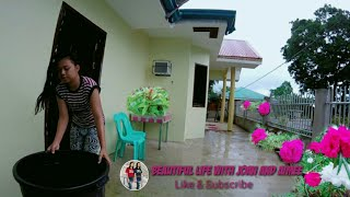 Collecting Rainwater/We Love The Sound Of Rain Very Relaxing