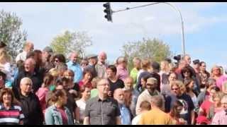 preview picture of video 'Demo für Rehau-Ampel bei Viechtach   unserRadio'