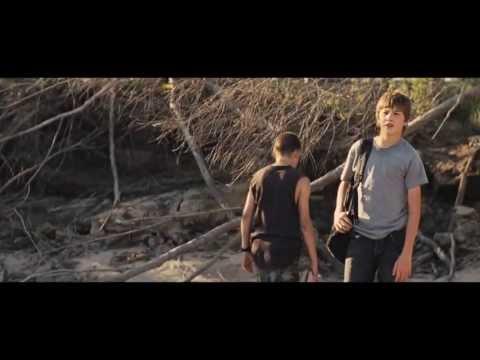 Video trailer för MUD, Official Theatrical Trailler