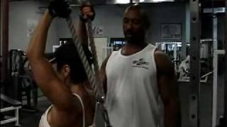 superset rear delts and triceps