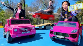 LAST TO LEAVE THE TINY CAR WINS $10,000 DOLLARS!! (GIRLS ONLY)