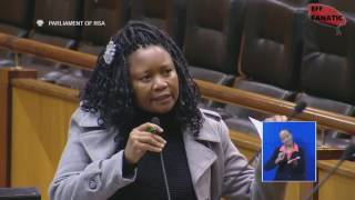 Minister Bathabile Dlamini Refuses To Answer A Question