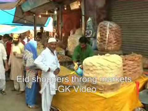 Eid shoppers throng  markets