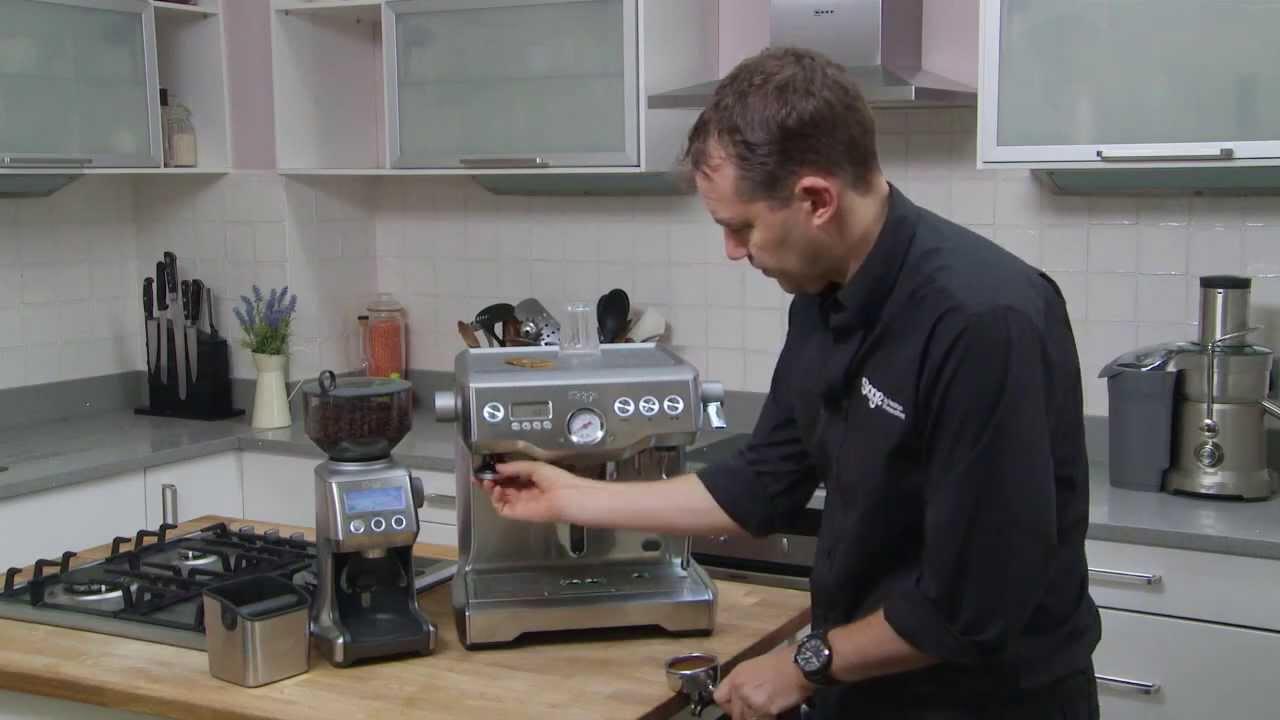 Dual Boiler and Smart Grinder demonstration.