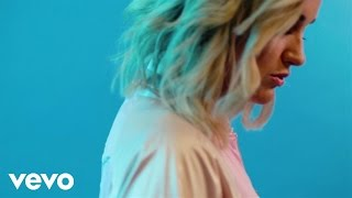 <b>Britt Nicole</b>  Pave