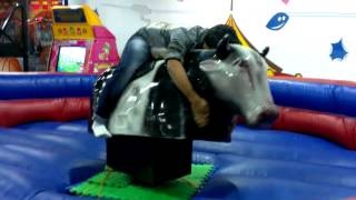 preview picture of video 'My Friend Bull ride at Funcity, Phoenix Marketcity, Pune'