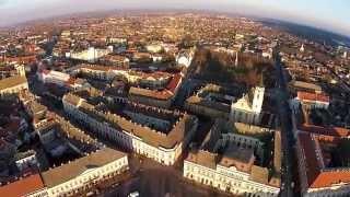 preview picture of video 'Baja - Szentháromság tér  SkEye Video Drone repülés'