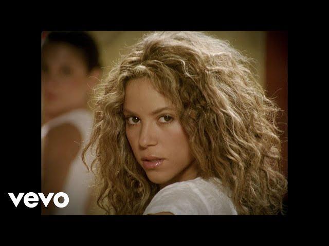 El tema oficial es 'The Time of Our Lives' de Il Divo, pero me niego a poner una canción de Il Divo porque ni que fuese yo la planta de joyería de El Corte Inglés. Esta era cooficial y si existías en 2006 la escuchaste.Lo mejor: Todo. Tremendo pepino de canción. No está más arriba porque en realidad tendría que ser la de los cansinos de Il Divo.Lo peor: Que a Shakira hay que llamarla dos veces para que te haga caso.
